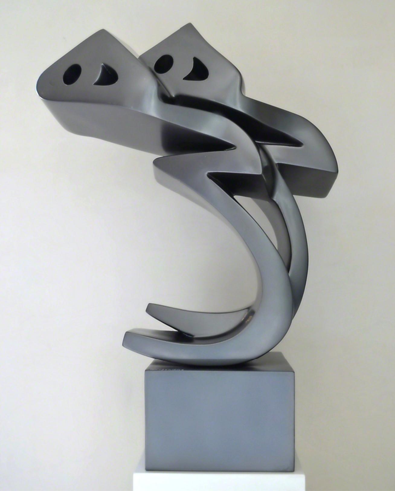 Parviz Tanavoli, Heech Lovers, fiberglass, 106 x 41 x 35 cm, 2010